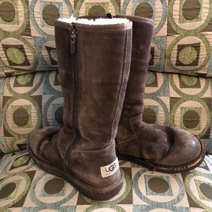 Uggs Tall Brown Shearling Boots Youth 2 Boy Girl